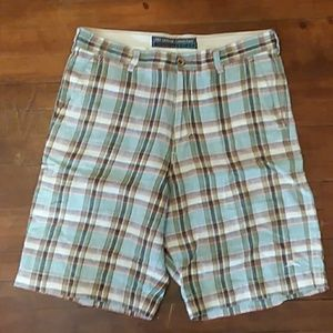 Mens cargo shorts size 33